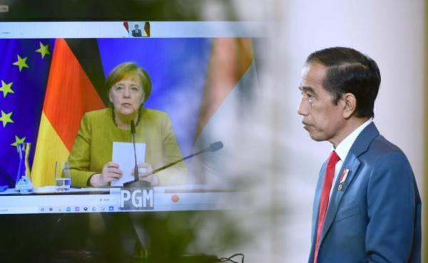 Bertemu Kanselir Jerman, Jokowi Sebut Kasus Corona Indonesia Turun Berkat Mini Lockdown