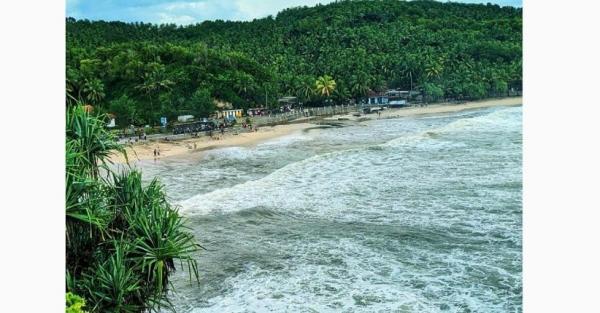 Tips Berwisata di Pantai Klayar Pacitan, Indah dan Instagramable