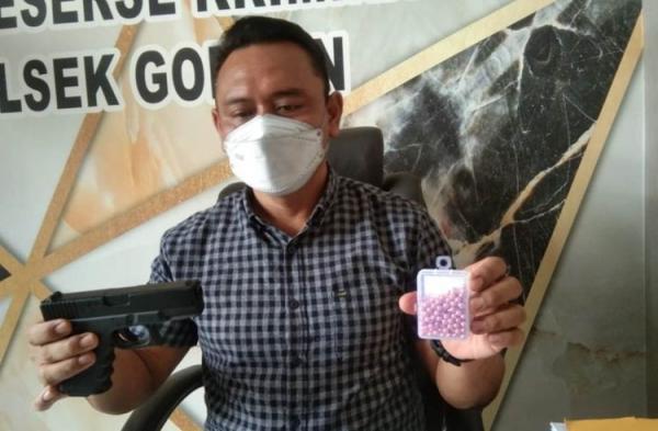Sakit Hati Kerap Diejek di Depan Pacar, Bos Rumah Makan Aniaya Karyawan dengan Air Gun