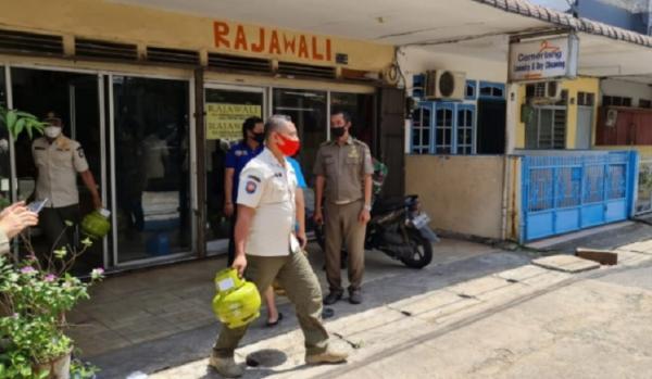 Razia Elpiji Subsidi, Satpol PP Sita Puluhan Tabung Gas Melon dari Laundry di Pontianak