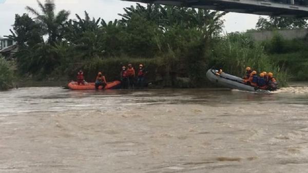 Berenang Bersama Teman-Teman, Remaja 16 Tahun Terseret Arus di Sungai Ular