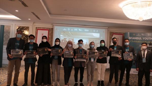 Keren, 6 Mahasiswa Unair Sabet Penghargaan Best Social Project di Istanbul Youth Summit