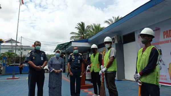 KSOP dan Disnav Ambon Gelar Padat Karya, Warga yang Terlibat 35 Orang