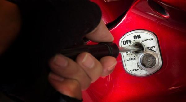 Modus Test Drive, Motor Milik Fahri Raib Digondol Maling
