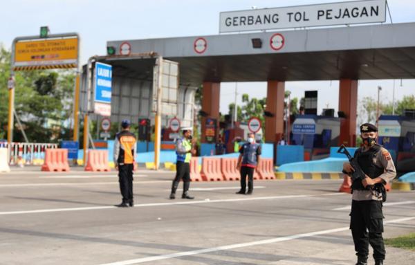 Penyekatan Arus Mudik, Polda Jateng Putar Balik 2.682 Kendaraan ke Jabar, 1.853 ke Jatim