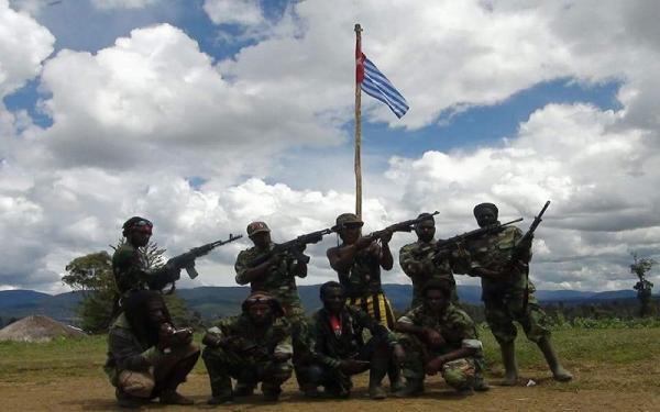 Breaking News : 2 KKB Tewas saat Kontak Tembak dengan TNI