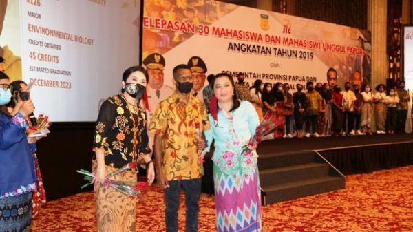 Dapat Beasiswa Otsus, 30 Mahasiswa Orang Asli Papua Dikirim ke Amerika Serikat