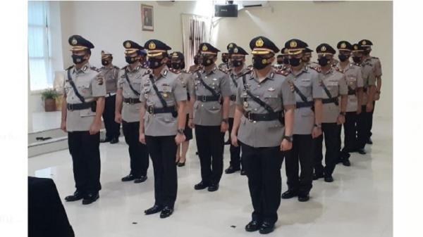 Daftar Lengkap Sertijab 6 Kapolsek dan 4 Perwira Polresta Manado