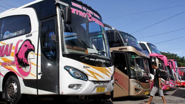 Dilarang Bawa Penumpang, Bus AKAP di Makassar Layani Pengiriman Barang