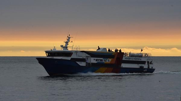 Kapal Cepat Antarpulau Tujuan Kepulauan Mentawai Tetap Beroperasi