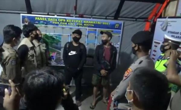 Menolak Diputar Balik, Pemudik Adu Mulut dengan Polisi di Pelabuhan Bakauheni