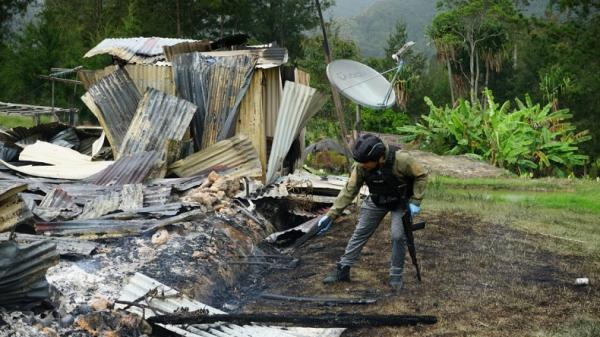 Hasil Olah TKP, Rumah Dibakar KKB Ternyata Pusat Kegiatan Belajar Mengajar Warga
