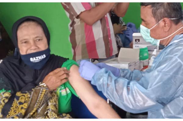 Cegah Klaster Pasar, Sleman Gelar Vaksin Covid-19 Massal Pedagang di Depok