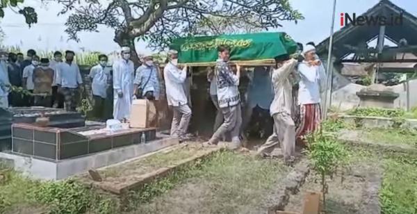 Video Imam di Klaten Meninggal di Atas Mimbar Usai Pimpin Salat Idul Fitri