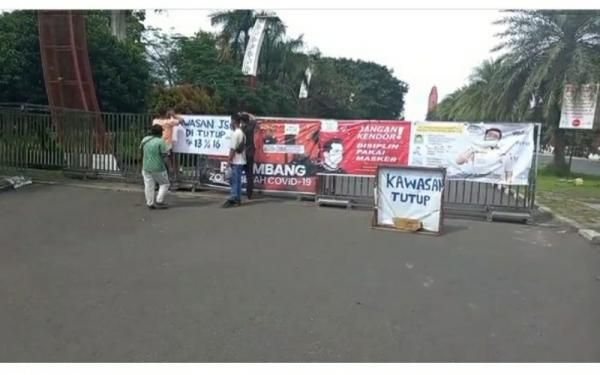 Kompleks Jakabaring Sport City Tutup, Warga Palembang Putar Balik