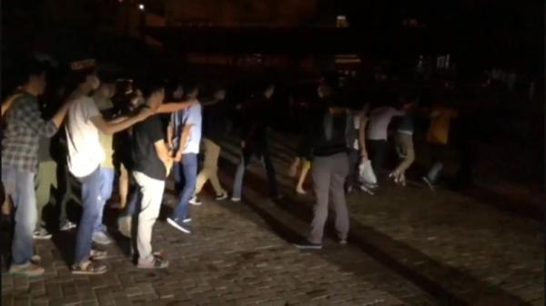 Letuskan Tembakan Peringatan, Polisi Bubarkan Acara Halal Bihalal dan Konser di Tanggamus