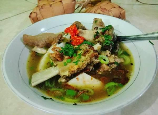 5 Tempat Kuliner di Makassar Sulawesi Selatan, Sajian Khas Bikin Perut Keroncongan