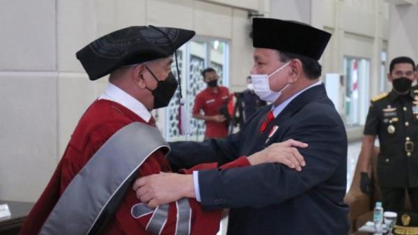 Bersahabat di Akmil 74, Dua Mantan Pangkostrad Bertemu di Unhan