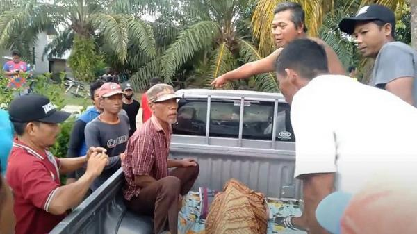 Suami Tewas Tenggelam saat Cari Kangkung di Sungai, Istri Pingsan