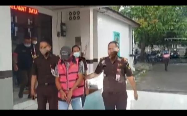 Kejari Lahat Tahan Eks Kades Korupsi Dana Desa Rp376 Juta