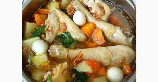 Segarnya Sup Ayam Kampung Telur Puyuh, Sehat untuk Atasi Demam dan Flu