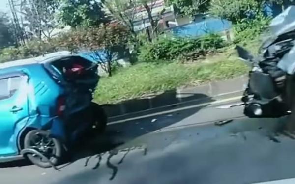 Tabrakan Beruntun Empat Mobil di Tol Pasteur Bandung, Seorang ASN Luka Ringan
