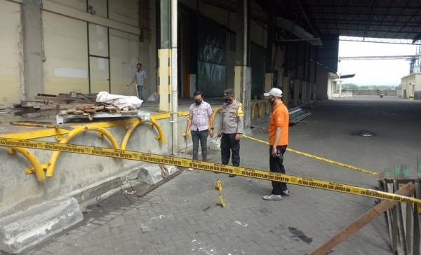 Jatuh dari Atap 7 Meter, Pekerja Pabrik Tepung di Mojokerto Tewas