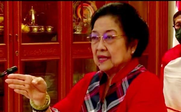 Megawati Minta Petugas Partai Nurut dengan Tugasnya: Jangan Hanya Pakai Seragam