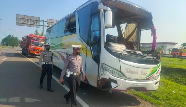 Sopir Menghilang Usai Bantu Evakuasi Korban Bus Terbalik di Tol Cipali Majalengka
