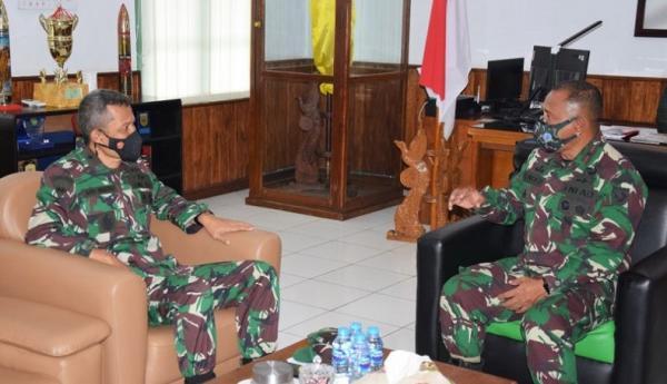 Waaster Panglima TNI Meninjau Program Serbuan Teritorial di Maluku