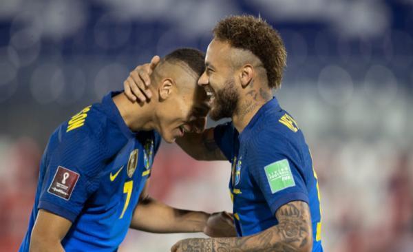 Brasil Bungkam Paraguay, Neymar Bikin Gol ke-66