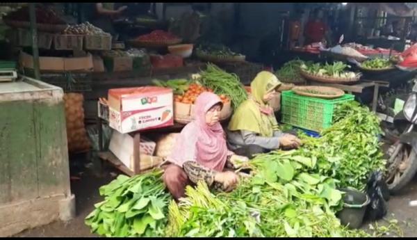Warga dan Pedagang Pasar di Tasikmalaya Tolak Rencana Pajak Sembako