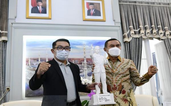 Ridwan Kamil Dukung dan Siap Bantu Pembangunan Patung Bung Karno di Ende NTT
