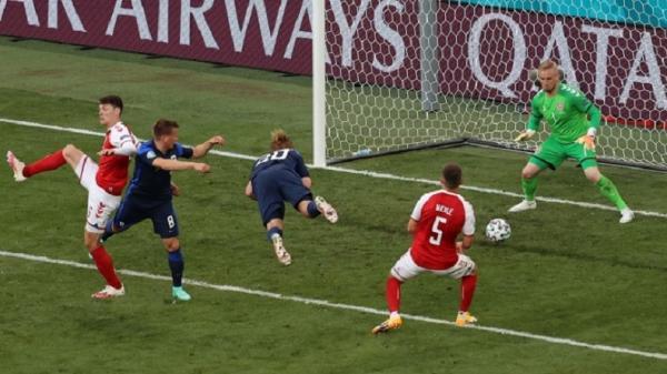 Finlandia Taklukkan Denmark 1-0 setelah Christian Eriksen Kolaps