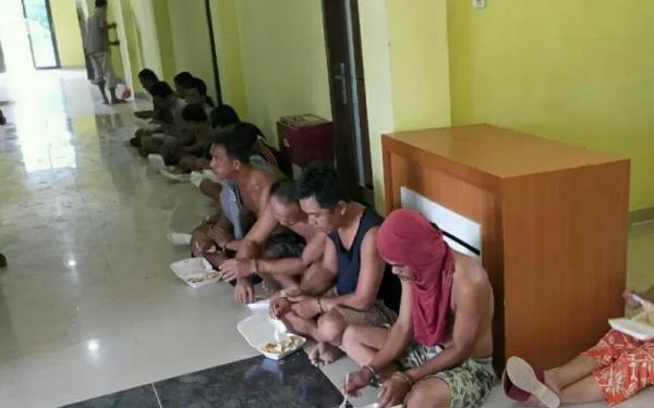 18 Orang Ditangkap dalam penggerebekan di Muratara, Ada Uang Tunai Rp19 Juta Lebih