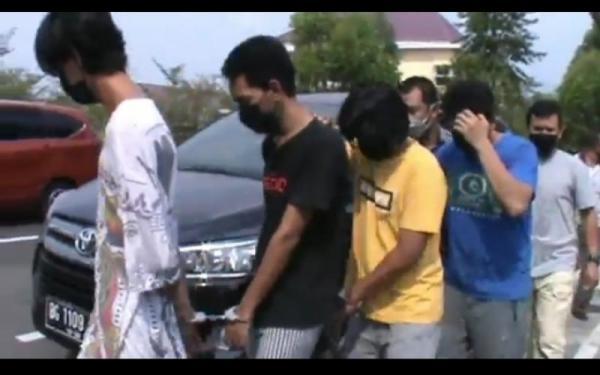 Kasus Narkoba, 4 Pemuda OKU Tak Berkutik Ditangkap Polisi