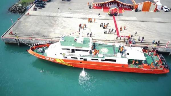 Kepala Basarnas Serahkan Kapal Cepat untuk SAR Banten