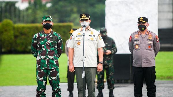 Kegiatan di Jakarta Wajib Tutup Pukul 21.00 WIB, Anies: Petugas Akan Mengawasi