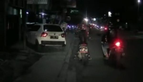 Viral Pemotor Sport Jambret HP Milik Perempuan di Cimahi, Korban Sempat Terjatuh
