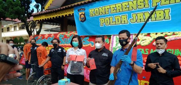 2 Pelaku Pembunuh Toke Getah Karet di Jambi Ditangkap, Kakinya Ditembak Polisi