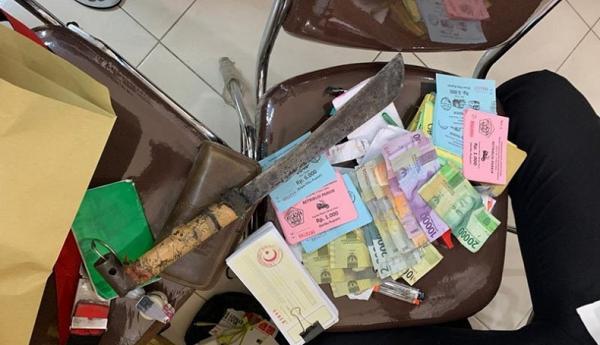 7 Preman Pasar di Lhokseumawe Ditangkap, Golok dan Uang Disita