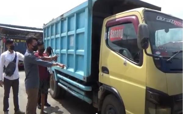 Nekat, Pemuda Ini Curi 1,5 Ton Kelapa Sawit Milik PTPN VI di Siang Bolong
