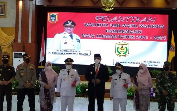 Lantik Wali Kota Banjarmasin, Pj Gubernur Kalsel: Tak Usahlah Saya Ajari Ikan Berenang