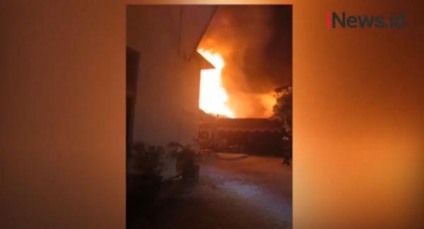 Video Kebakaran Polres Banjarmasin, Diduga Korsleting Listrik
