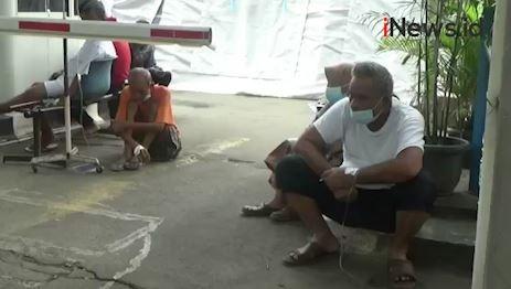 Video Pasien Covid-19 Pilih Dirawat di Halaman RSUD Kota Bekasi karena Sulit Dapat Kamar