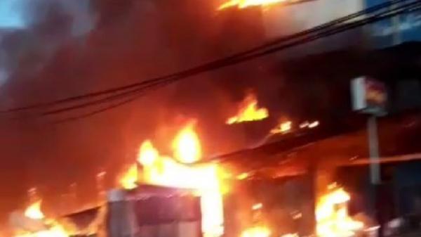 Kebakaran di Jayapura, 1 Ruko dan 4 Lapak Ludes Dilalap Api