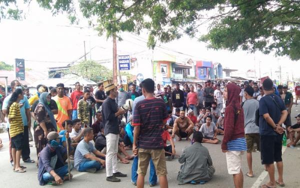 Dua Kelompok Warga di Sorong Saling Serang dengan Senjata Tajam
