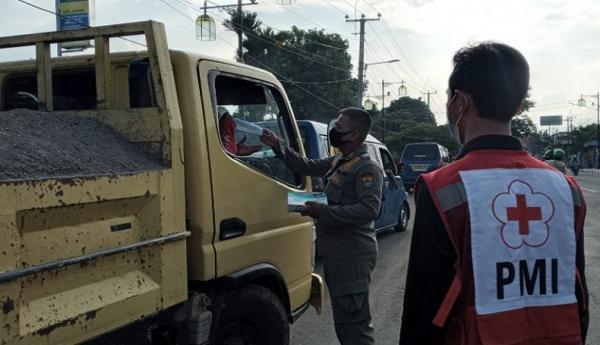 Selama Perpanjangan PPKM, 450 Kendaraan Diputar Balik di Perbatasan Cianjur