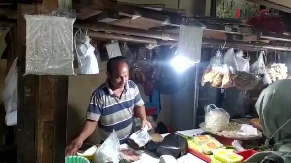 PPKM Diperpanjang, Pedagang Pasar Pasrah
