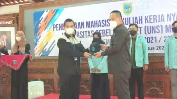 3.767 Mahasiswa Ikuti KKN Tematik UNS Membangun Desa